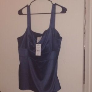 Ladies Size 18 New With Tags Laura Tank Navy