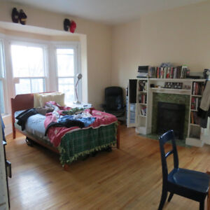 AMAZING LARGE 4 BEDROOM APARTMENT WITH DEN  SOUTH END CENTRAL