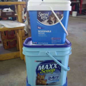 Wanted Empty Cat Litter Pails with lids