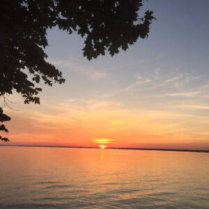 Lake Simcoe Fully Winterized Cottage For Rent! Superb Sunsets!