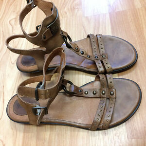 Womens Ariat Oro Open Toe Leather Gladiator Sandal Brown size 8B