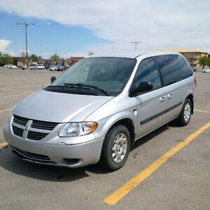 Dodge Caravan Minivan, Van