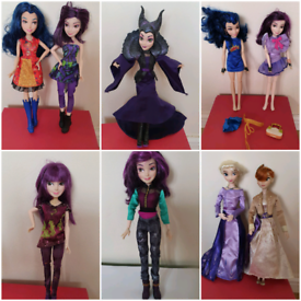 Mal and evie disney descendants dolls From a pet and smoke free home.