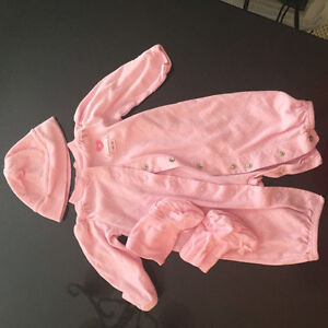Carter baby outfit West Island Greater Montréal image 1