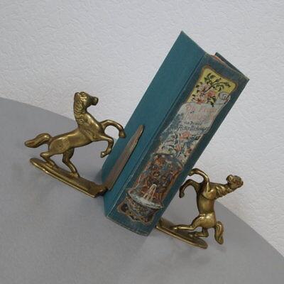 Paar edle Buchstützen Bookends Pferd Pferde Hengst Messing massiv 60er 70er