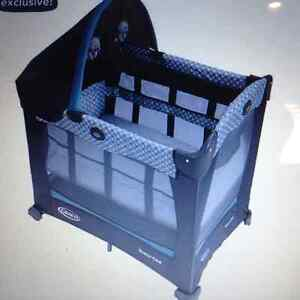 Graco Travel Lite Bassinet with Stages - Parc evolutive Keaton