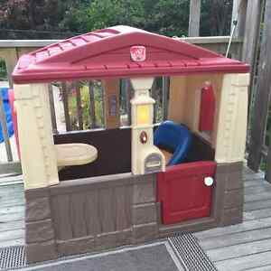 Step 2 little tykes playhouse