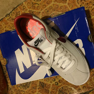 Nike SB X Supreme Bruins from 2009 Brand new in box