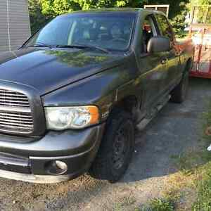 2005 Dodge Ram part out