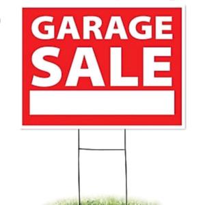 Garage / Storage Locker Sale in Milton