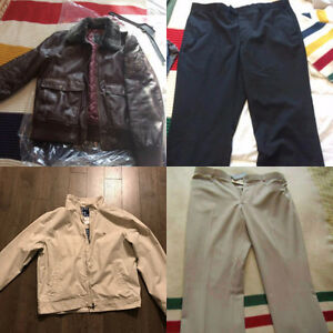 100+ items mens and womens clothing name brand sold as lot