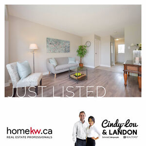 Just Listed! Beautiful townhome in Doon/Pioneer Park!