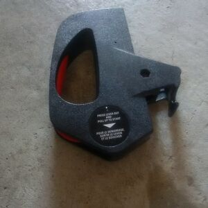 Black and Decker Lawn Mower power switch with pull lever