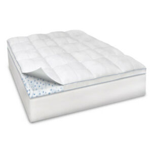 "3.5"" Memory Foam w/ Fiber Bed Topper w/ Fitted Skirt, Queen"