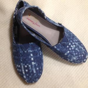 New Ladies Blue Denim Bobs Shoes Size 7 1/2 M
