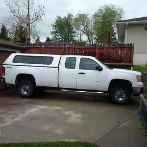 2008 GMC Sierra 2500HD 4X4 Long Box Pickup Truck