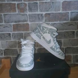 Jordan 1 custom (READ DESCRIPTION)