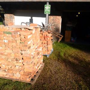 2 Skids of Reclaimed Red Bricks Kawartha Lakes Peterborough Area image 2