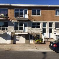 Liste Gratuite de Reprise de finance Duplex à  Montréal