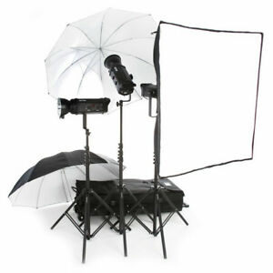 Bowens 500x3 Pro Studio Lighting Kit w/2 Extra Batteries-GODOX