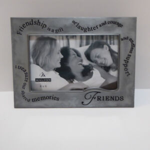 """""""FRIENDSHIP"""" THEMED PEWTER 4x6"""" PHOTO FRAME - NEVER USED/MINT"""