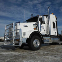 Pilot truck drivers required