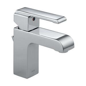 LIKE NEW Delta Arzo Chrome ULTRA MODERN Single Handle Faucet