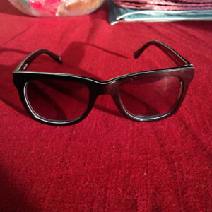 Fossil Fos 2032/S Sun glasses For Sale