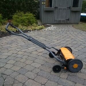 Fiskars Push Reel Mower