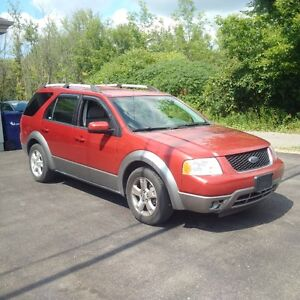 2007 Ford FreeStyle/Taurus X SEL 4x4 awd