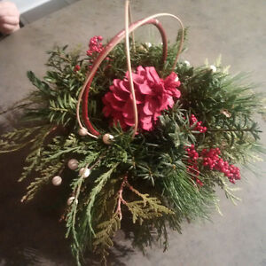 Christmas Arrangement FUNdraiser! London Ontario image 2