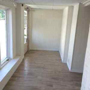 IDEAL RETAIL SPACE IN DOWNTOWN ST. JACOBS VILLAGE Kitchener / Waterloo Kitchener Area image 2