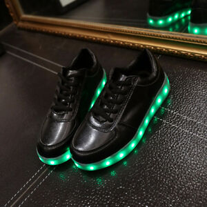 Men's Size 8 LED Sneakers!