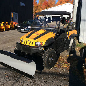 Cub Cadet Challenger UTV 500 4x4 SxS - fully loaded with plow