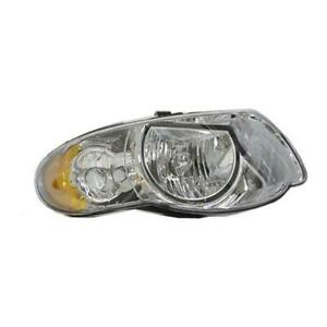 2005-2007 Chrysler Town And Country Passenger Side Head Light Lens And Housing - Value Line ®