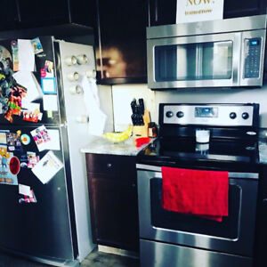 Looking for a roommate- Harbour Landing
