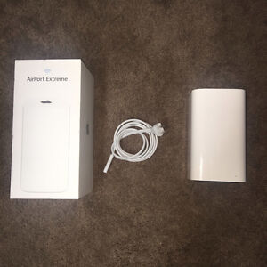 Apple AirPort Extreme Base Station (ME918AM/A)