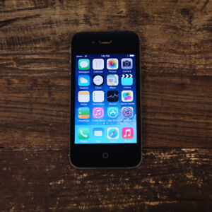 LIKE NEW IPhone 4S 32GB + Accessories+Unlocked ONLY $80