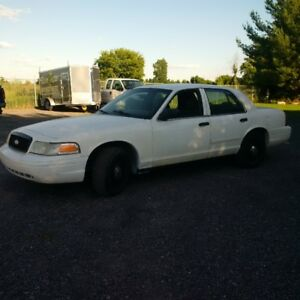 2005 Ford Crown Victoria p71 needs safety check