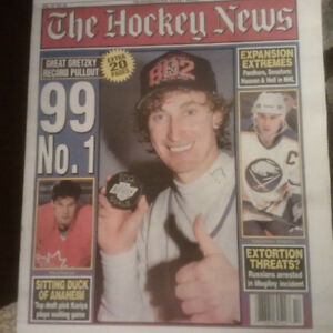 GRETZKY NEWSPAPERS (801/802 & HALL OF FAME)(6 Total)