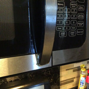 Microwave Oven Over the Range Danby Great condition Windsor Region Ontario image 5