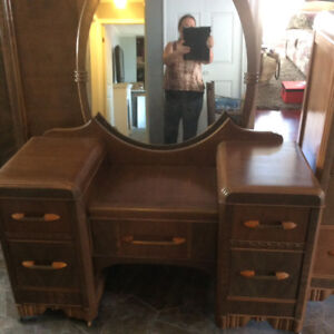 Antique bedroom suite. Very good condition