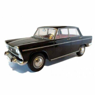 1:24 Seat 1500 1971 Ixo Salvat Diecast coche