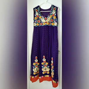 Pakistani & Indian Shalwar Kameez / Dress - Purple w/ Floral