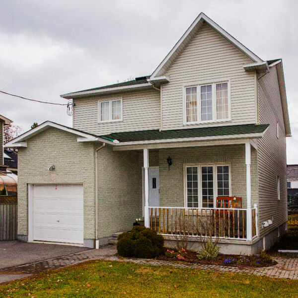 for rent 4 bedrooms 2 5 bathrooms house rental ottawa kijiji