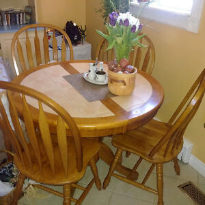 Hardwood Kitchen Dining Table Chair Set