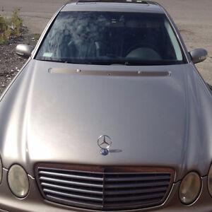 2003 Mercedes-Benz E-Class light-gold Sedan