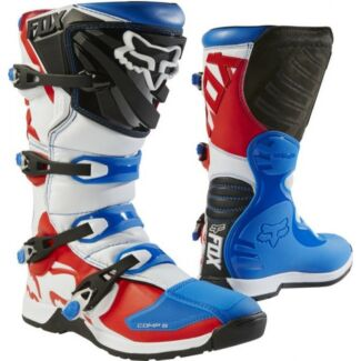 Wanted: Wanted  - Boys motocross boots.