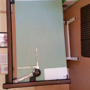 Drafting Table with arm
