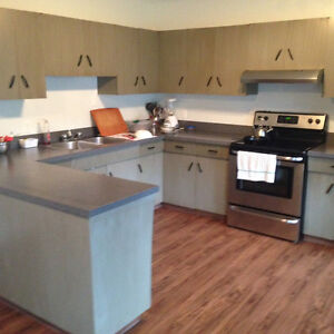 Spacious Three Bedroom Upstairs Unit For Rent